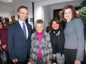Донка Павлова и Радка Пурвин с посланик Ради Найденов и съпругата му Милена Найденова